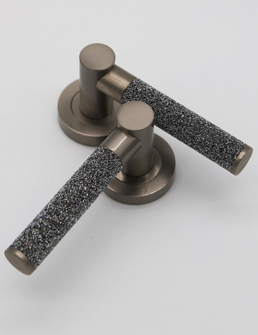 PAIR OF DOOR HANDLES STARLIGHT SILVER