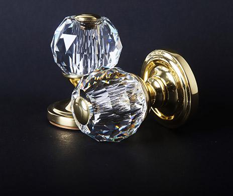 https://lesforgesdesaintamand.fr/modules/ishicategoryblock/img/cristal-1.jpg